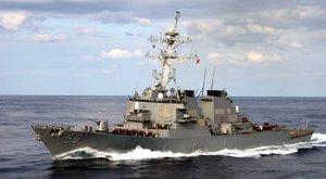 Az újabb balhé miatt fejét vették az amerikai flottaparancsnoknak
