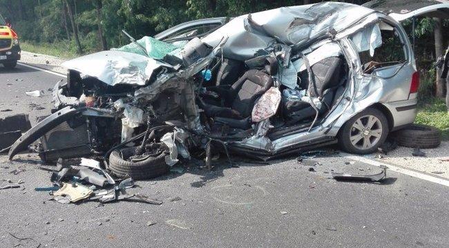 Kamion és méheket szállító autó ütközöttDebrecennél: egy ember meghalt – videó