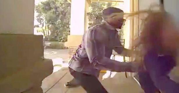 Vérfagyasztó: így rémíti halálra egy sima rablás is az áldozatot - videó
