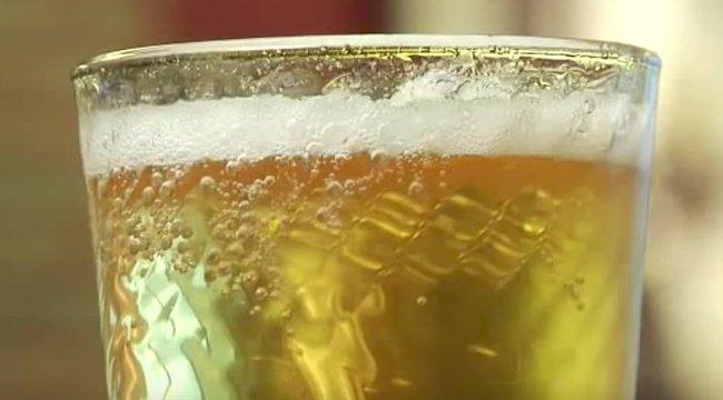 Innen tudhatja, ha nem tiszta pohárban kapta meg a sörét - videó