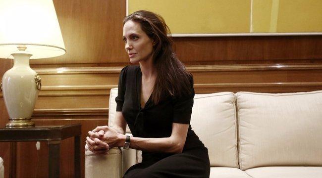 Angelina Jolie szenved Brad Pitt nélkül