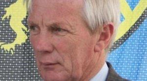 Átvágott nyakkal találtak a polgármester holttestére a temetőben