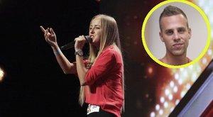 VV Tivy az X-faktorból kieső énekes mellé állt, és beszólt az RTL-nek