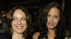 Angelina Jolie elárulta, mivel tette boldoggá szeretett édesanyját