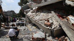Már 150 halálos áldozata van a mexikói földrengésnek