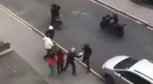 Határtalan gyalázat, amit ezek a férfiak idős nőkkel tettek a nyílt utcán