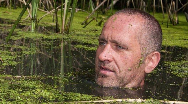 Víz nélkül vág a dzsungelnek Kovács László