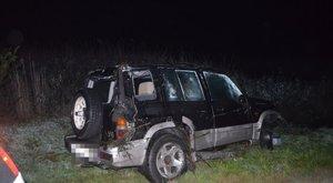 Csatornába hajtott egy nő autójával Tassnál, már nem lehetett megmenteni az életét