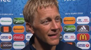 Viking huhogással ünnepelte Izland fogorvos-kapitánya válogatottjának sikerét