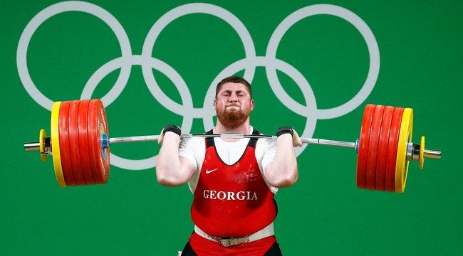 Chipeket ültetnének a sportolókba