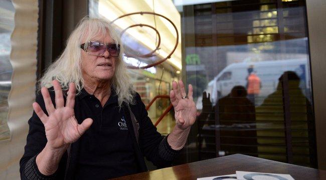 Mihály Tamás keserű panasza:Kóbor utált kiaz Omegából