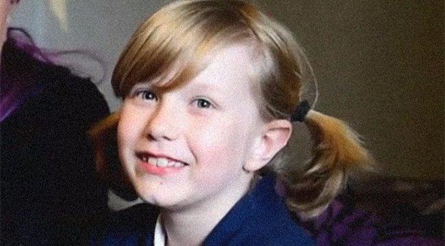 Döntött a nyolcéves fiú: kislányként fog ezentúl iskolába járni - videó