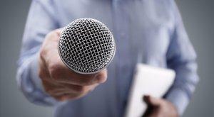 Kirúgták a Mária Rádió tinifiúkat zaklató riporterét
