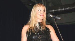 Mindennap sírt a halála előtt a magyar énekesnő – 42 évet élt