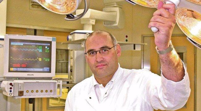 Magyarországi kitüntetéssel hazudta magát professzornak a német kórházvezető
