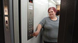 Rabul ejtette három utasát a győri lift