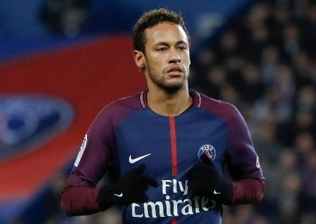 Neymar valódi világsztármágnes –Palvin Barbara ismét a brazil focistánál járt