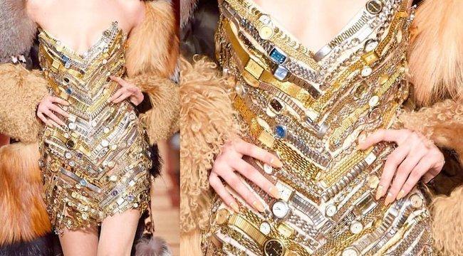 Meztelen modellek mindenütt: a Párizsi Divathéten luxus a melltartó - 18+ fotók