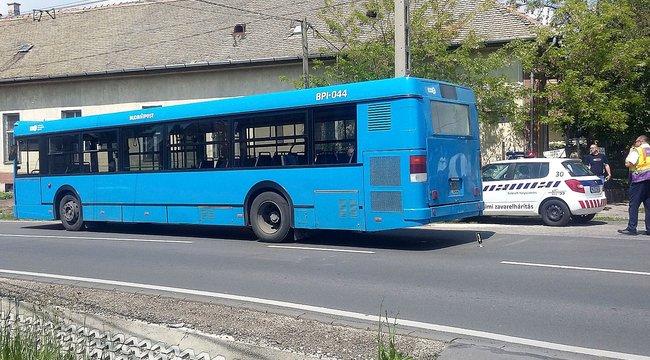 Ez okozta a 46-os buszból kizuhant férfi halálát