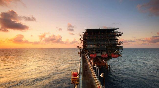 Többen meghaltak egy illegálisan működtetett olajkútnál Indonéziában