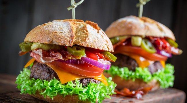 Íme a verhetetlen házi hamburger - Recept + Tipp