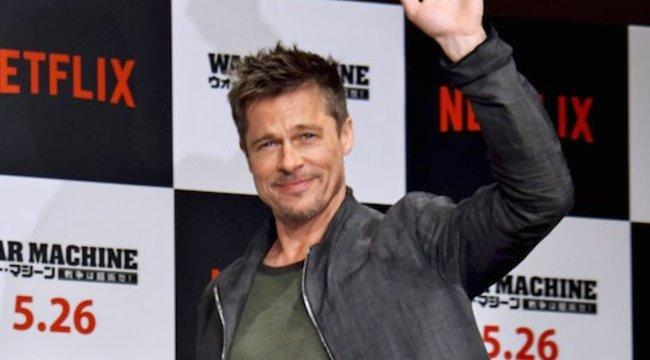 Brad Pitt boldog szingliként