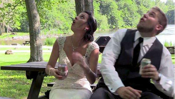 Kis híján az esküvőjük lett a szerelmesek utolsó napja - videó