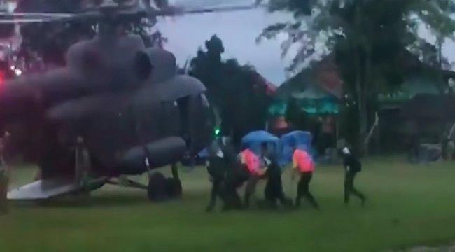 Vége a kálváriának: mindenkit kiszabadítottak a thaiföldi barlangból