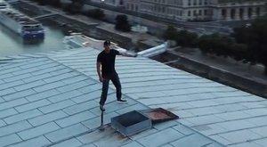 Engedély nélkül táncolt a Lánchíd tetején Will Smith