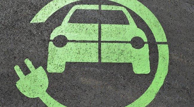 Vége az ingyenes elektromos autó töltésnek a MOL kutakon