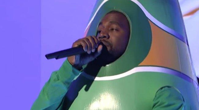 Ennél cikibb már nem is lehetne Kanye West! Durván leégette magát – videó