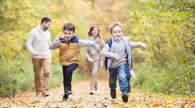 Így kerülje el az őszi megbetegedéseket: mozgás és alvás gyűri le a bacikat