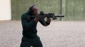 Mayweather fegyvere elől nincs menekvés