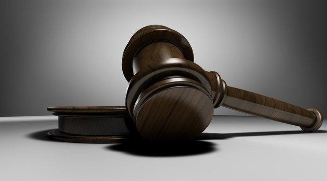 19 és 18 évi fegyházbüntetést kapott a nőismerősét meggyilkoló két férfi