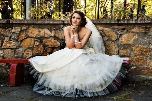 Pár órával az esküvő előtt tudta meg a nő, vőlegénye hűtlen hozzá, kemény bosszút állt rajta