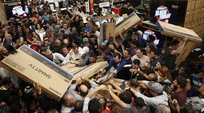 Milliárdokat hagytunk a boltok kasszáiban