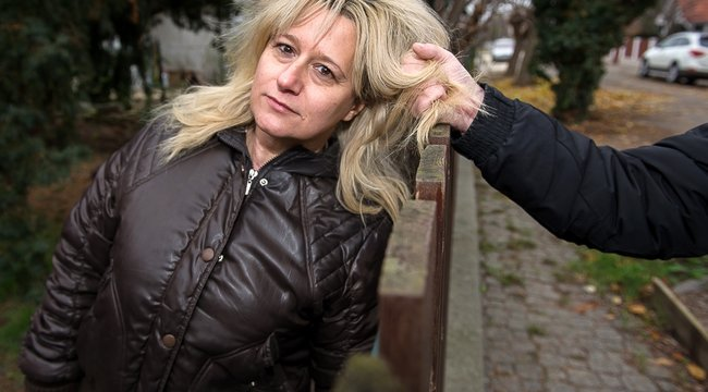 Kerítésen átnyúlvatörték ki a budapestiErika nyakát