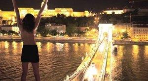 Budapesten is meztelenkedett a piramis tetején szexelő pár