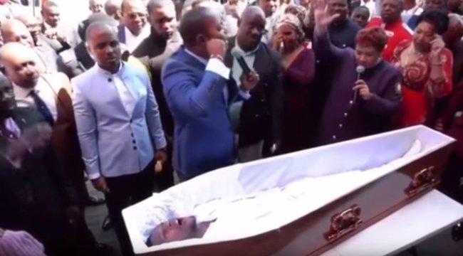 Balul sült el a csodatétel - népharag zúdult a halottat feltámasztó lelkészre