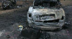 Azonosították az áldozatokat: Két nő, négy férfi és egy gyermek vesztették életüket a mezőörsi horrorbalesetben
