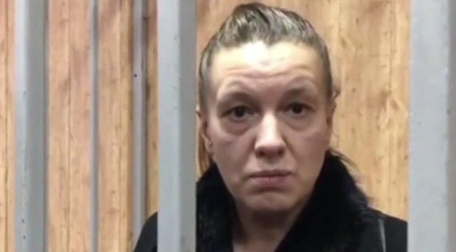 Tisztán hagyta ott a lakását – állítja az anya, kinek ötéves lánya húsába nőtt a nyaklánc - videó