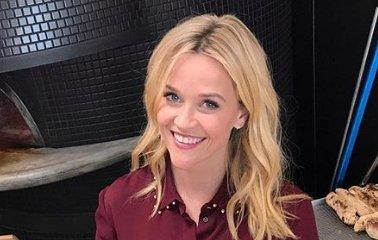 Jót nevet terhességén Reese Witherspoon