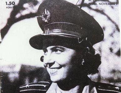 Fürdőruhában állt a sorozásán Erzsi néni, az első női rendőrtiszt