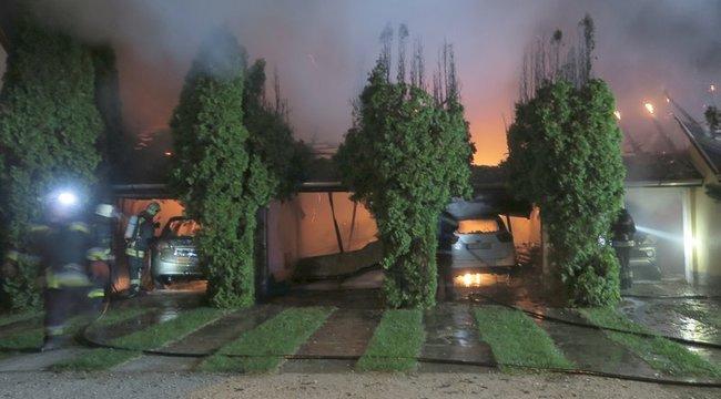 Autótüzek éjszakája Kápolnásnyéken