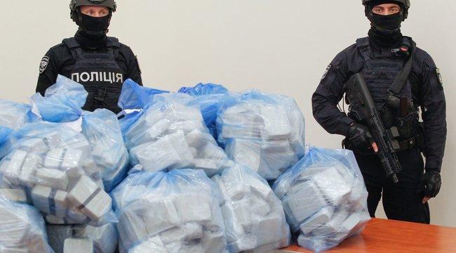 300 kiló heroint fogtak Ukrajnában
