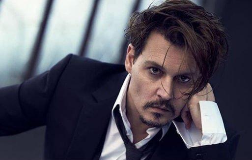 Újra nősülni készül Johnny Depp? Ez a harmincévvel fiatalabb szexi táncoslány csavarta el a fejét - fotó