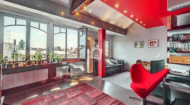 A hét ingatlana: dögös vörös az Újlipótból - egy 129 milliós luxuslakás képei