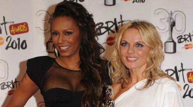 Először fotózkodott közösen a Spice Girls Mel B leszbikus vallomása óta