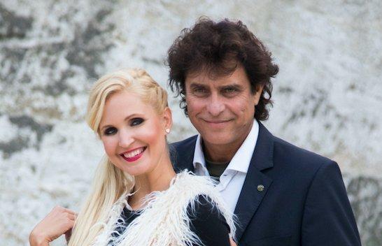 Exneje ápolta Gergely Robit -Súlyos kézműtéten esett át a színész