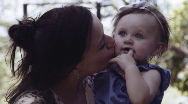Valóságos rémálommá vált a nyaralás: az idegen kontinensen halálos kór támadta meg a héthónapos kisbabát